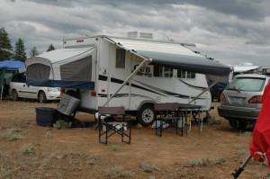 expandable hybrid travel trailer